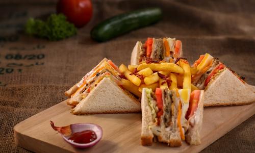 Classic club sandwich - Menus Most Delis in Cumberland Have